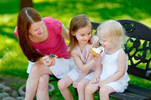 4 Rules to Teach Your Children to Share