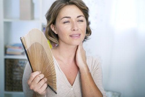 9 Symptoms Of Premature Menopause