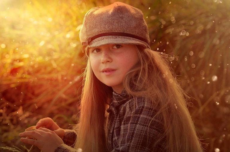 Flicka i solsken