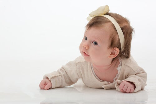 headbands and ribbons can cause harm to babies