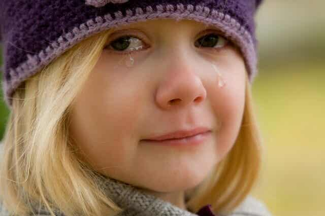 Ways You Destroy Your Children's Self-Esteem
