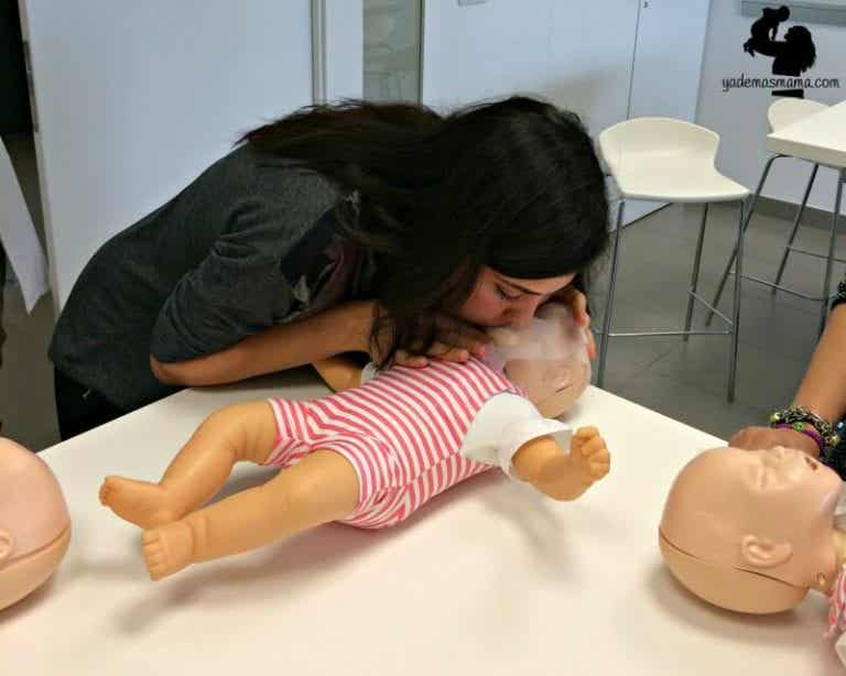 Important! How To Save Your Child's Life If They Suddenly Stop Breathing