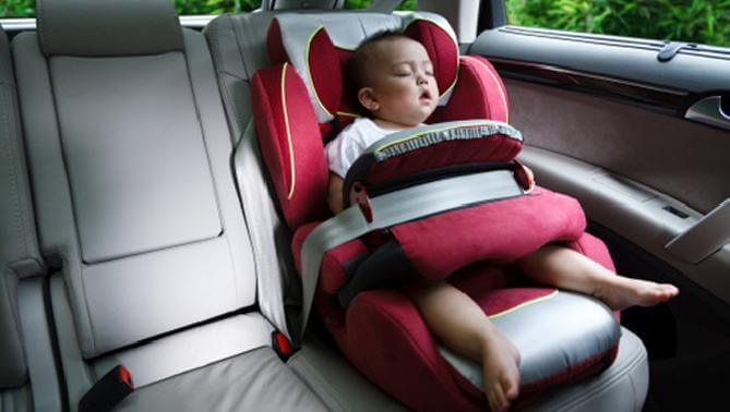 car safety tips for travelling with your newborn