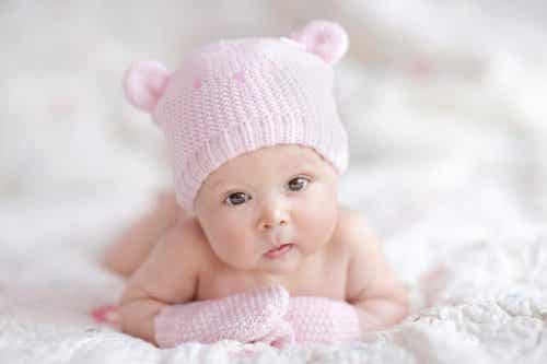 Getting Ready for Your Newborn: What Baby Clothes to Buy