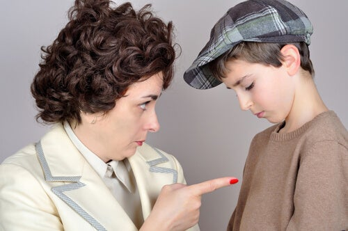 10 Phrases We Should Never Say to Our Children