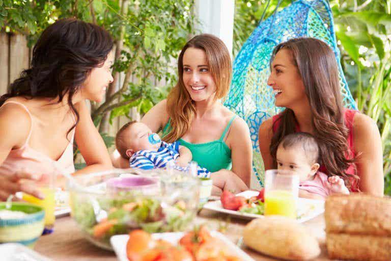 No, Motherhood Doesn't Ruin Your Friendships