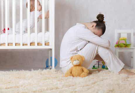 Postpartum Depression: Causes, Symptoms and Treatment