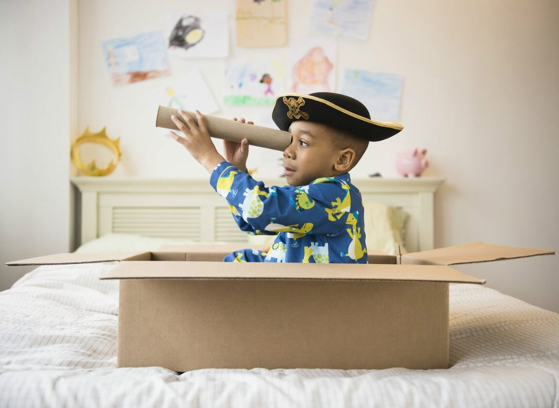 5 Tips To Avoid Giving Too Many Gifts To Your Child