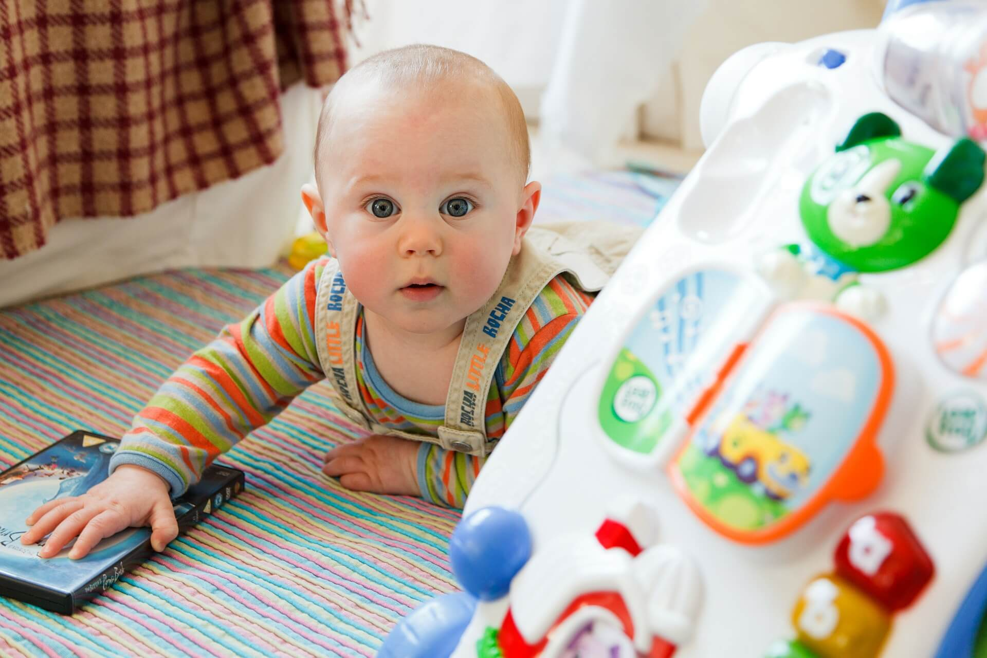10 Early Stimulation Exercises For Your Baby