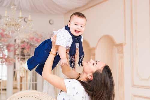7 Tips To Having A Happy Motherhood