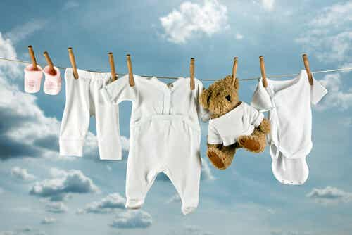 How to Remove Stains from Children's Clothes