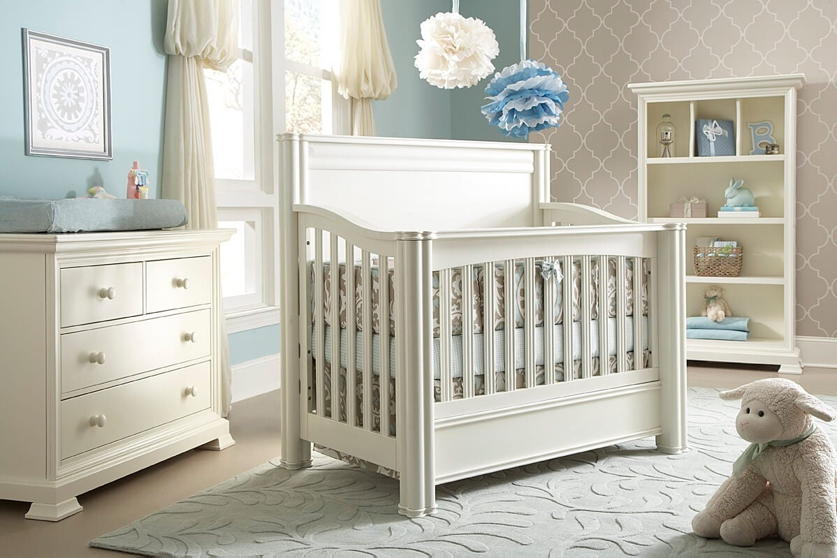 What Should Your Baby's Crib Be Like?