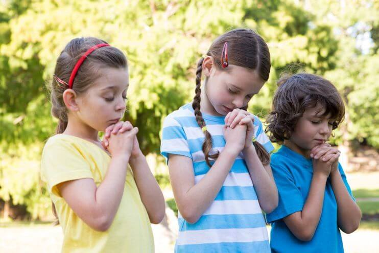 10 Ways to Bring Your Child Closer to God