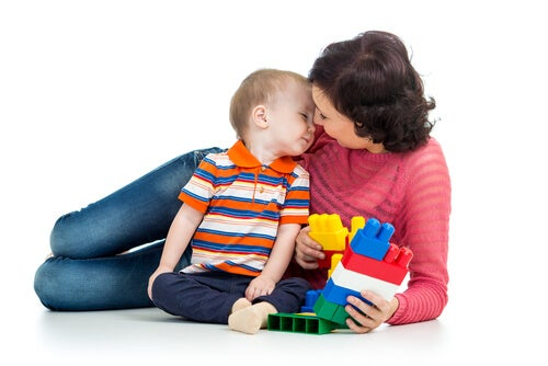 The 6 Best Games To Start Teaching Your Baby