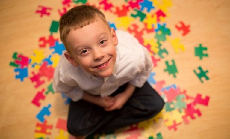 자폐증을 겪는 아이가 세상을 보는 법을 알아보자