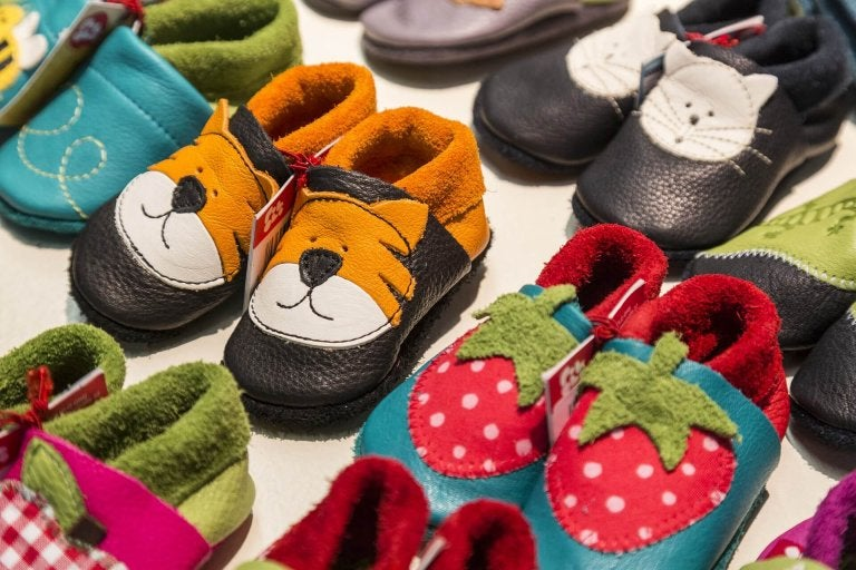 How to Choose the Right Shoes for Your Baby?