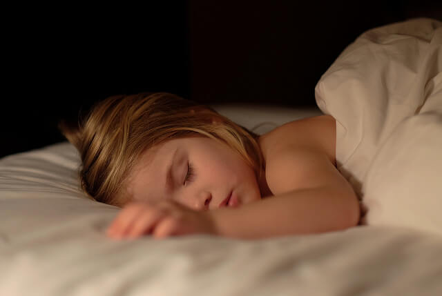 9 Tips to Help Your Child Stop Wetting the Bed