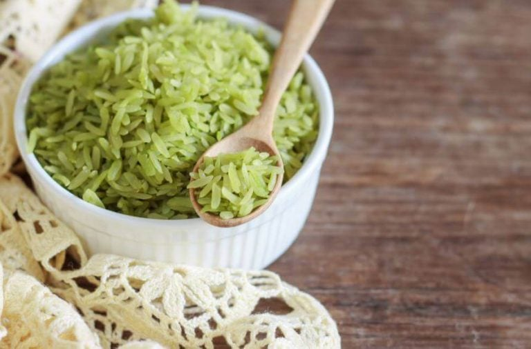 skål med grønne ris