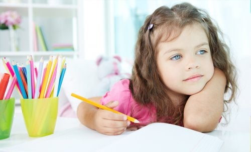 My Child Gets Distracted at School: What Should I Do?