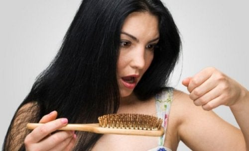 What to Do About Hair Loss after Childbirth