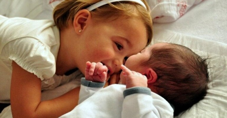 How to Prepare Your Children for the Arrival of a New Baby
