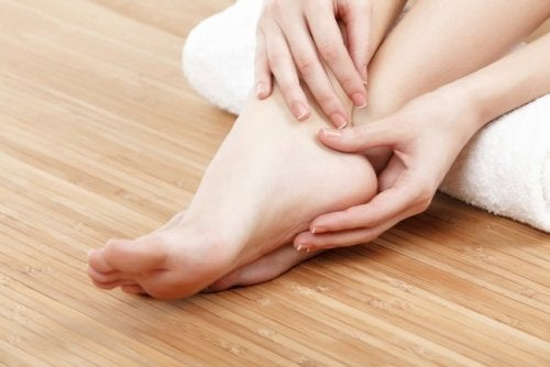 Swollen Feet during Pregnancy: Remedies to Prevent Pain