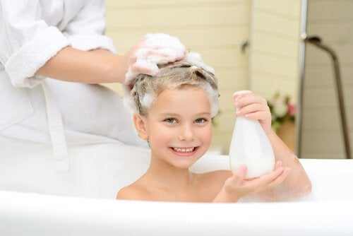 Is It Good to Wash Children's Hair Every Day?
