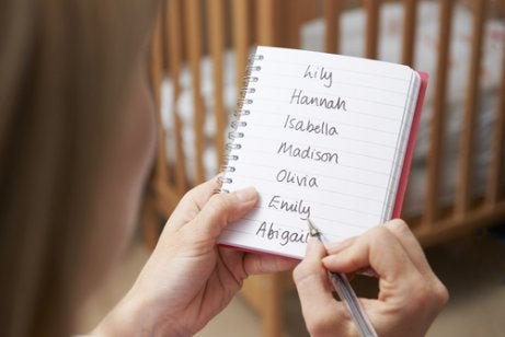 Tips for Choosing a Name for Your Baby