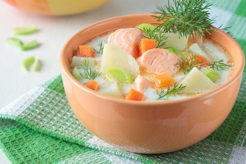 Great fish recipes for kids: salmon soup