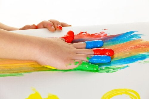 12 Art Therapy Exercises for Kids