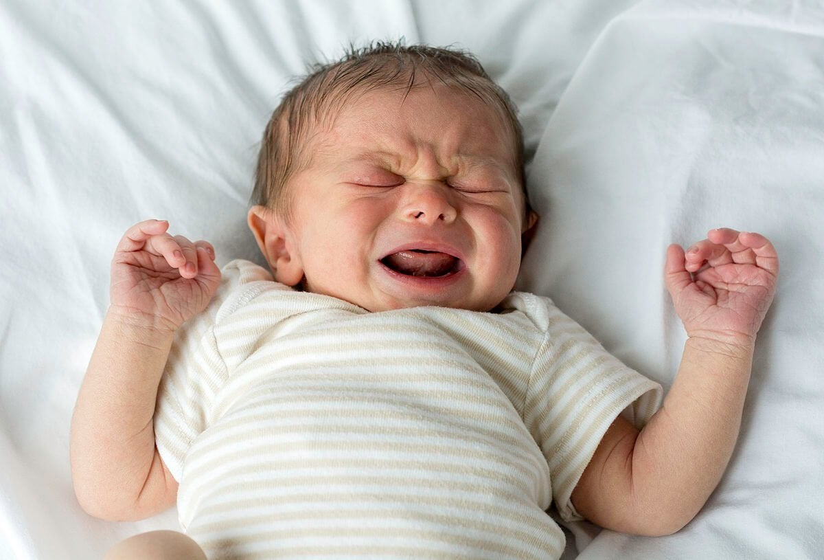 Is It Normal That My Baby Doesn't Cry? Reasons and Advice