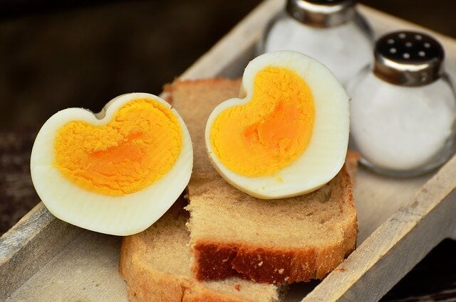 When to Add Eggs to Your Children's Diet