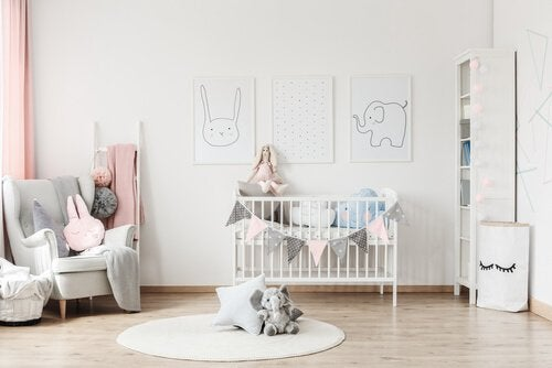 Tips to Organizing Your Baby's Room So That Everything Fits