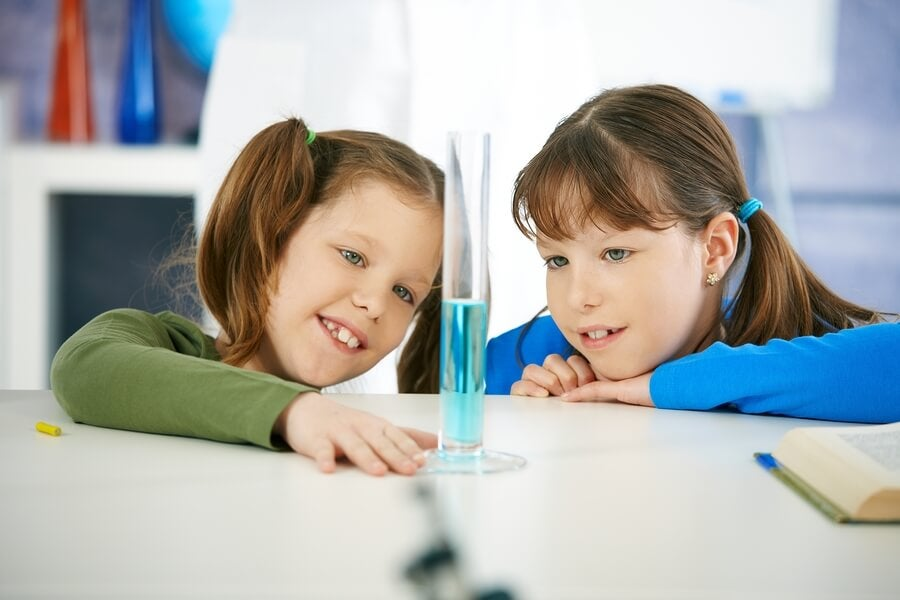 4 Water Experiments for Children