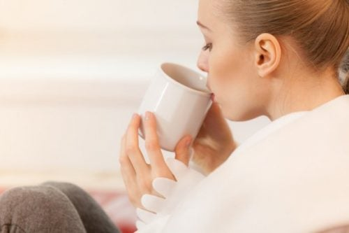 5 Teas Suitable for Breastfeeding and Their Health Benefits