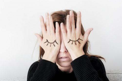 What Is Intermenstrual Pelvic Pain?