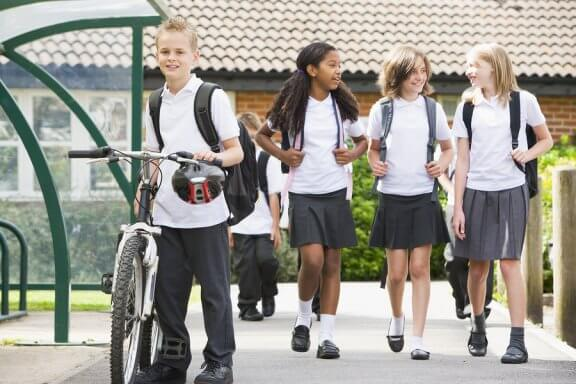 The Advantages and Disadvantages of School Uniforms