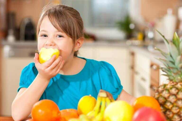 4 Tips to Educate Children to Live a Healthy Lifestyle