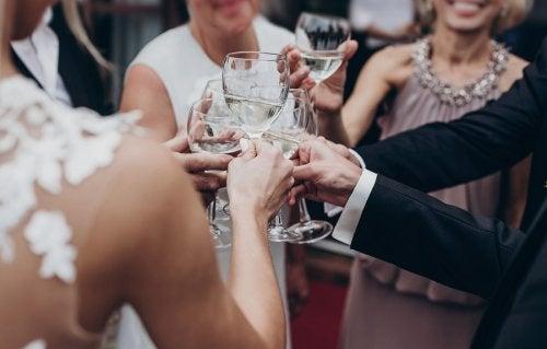 The Best Wedding Dresses for Pregnant Women