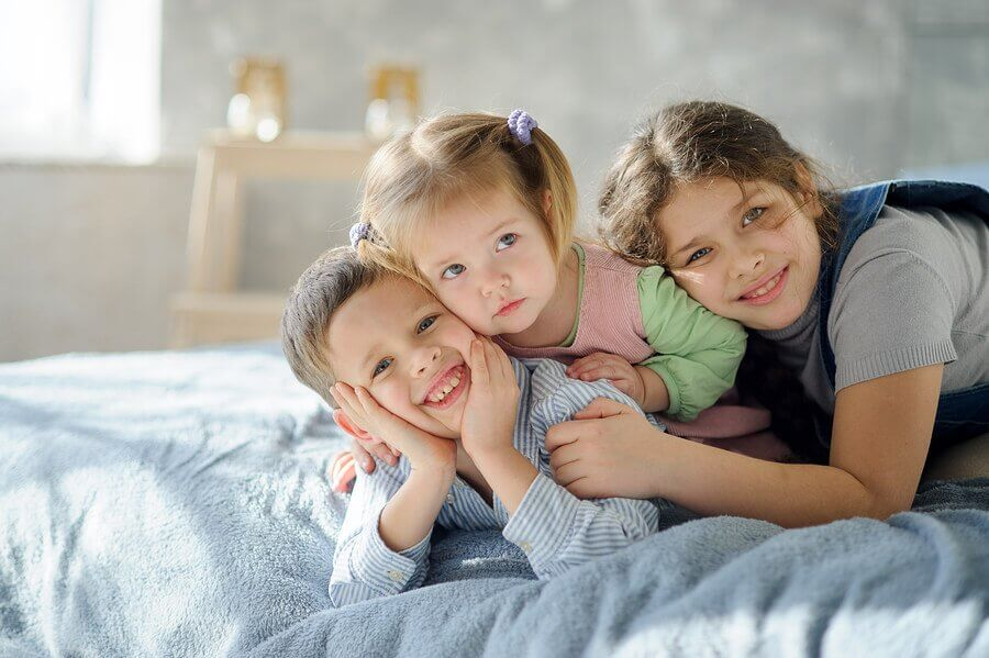 6 Tips for Organizing Bedrooms with 3 Siblings
