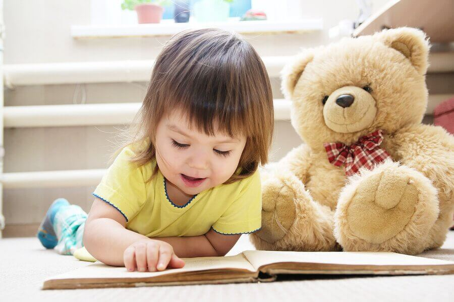 Reading Children's Stories About Bears