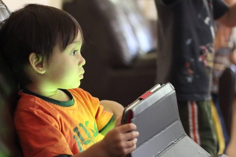 Keys to a Balanced Digital Diet for Children