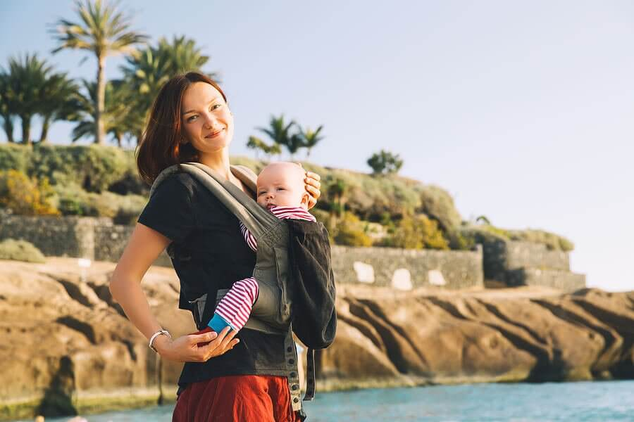Tips for Buying and Using Baby Carriers