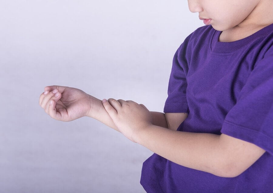 Tips to Handle Growing Pains in Children