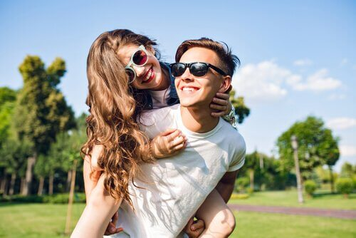 Teenage Summer Romances: How to Respond?