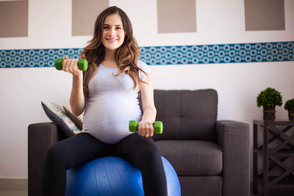 Exercise Ball Workouts to Do During Pregnancy