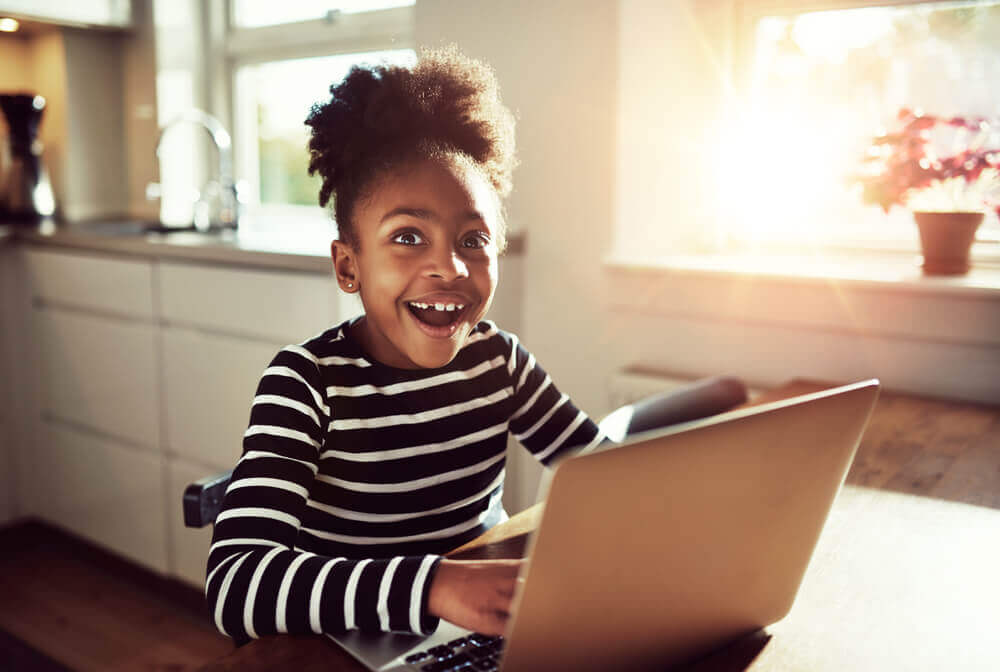 What's the Best Age for Kids to Start Using Social Media?
