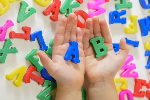 5 Actions that Promote Language Acquisition in Children