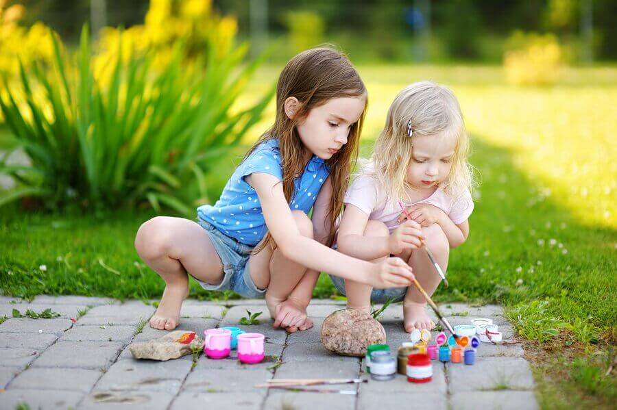 Painting Stones: Original Crafts for Children
