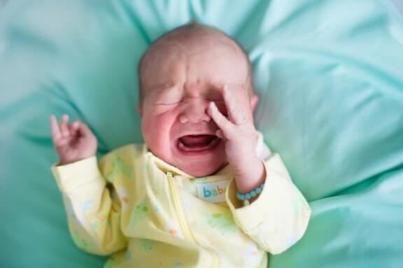 Why Do Babies Suddenly Wake Up Crying?